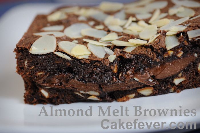 Almond-Melt-Brownies-Cakefever
